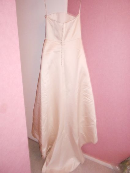 Robe de mari e en satin jupon et tole d 39 occasion for Robes pour l occasion de mariage