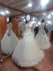 Robe de mariée avec jupon, couronne, voile - Occasion du Mariage
