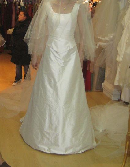 robe de mariée en soie sauvage ivoire T 3
