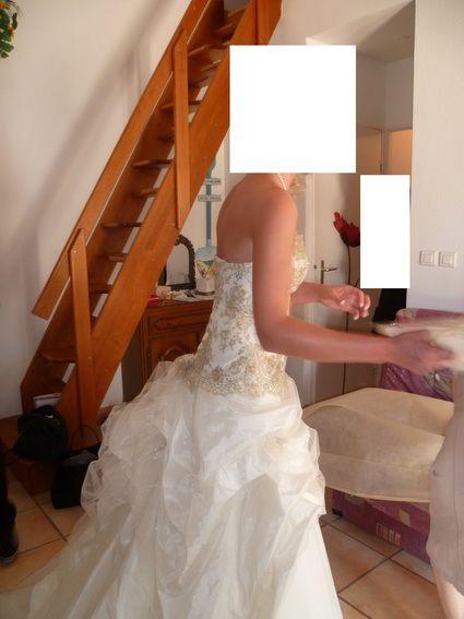 Robe de mari e pas cher na s marque les mari es de for Petite occasion habille les mariages