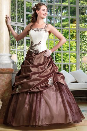 Robe de mariée d'occasion modèle Selexis de Tati Mariage