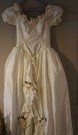 robe de mariée vintage avec jupon et gants - Occasion du Mariage