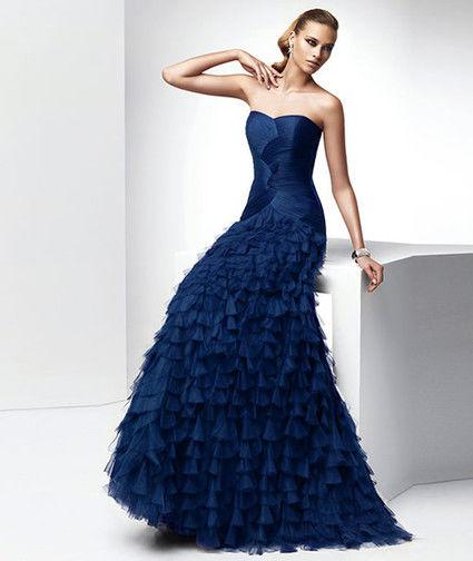 Robe de soirée de grandes marques à louer à loccasion dun mariage