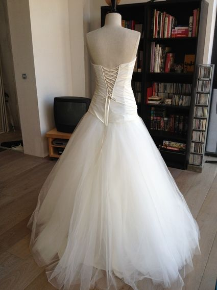 Robe de mariée neuve - promesse mariage lille - voile et jupon ...