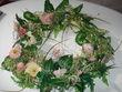 déco de salle couronnes de fleurs - Occasion du Mariage
