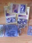 Strass violets/gris + plumes grises - Occasion du Mariage