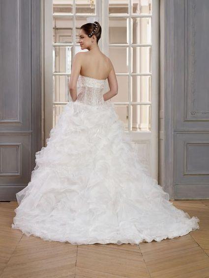 Robe de mariée bustier style princesse tulle ivoire + perles - Alpes de  Haute Provence