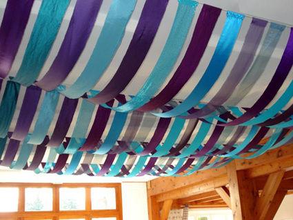 tentureciel de tissus bleu et violet pour plafond en dco de mariage - Tenture Plafond Mariage