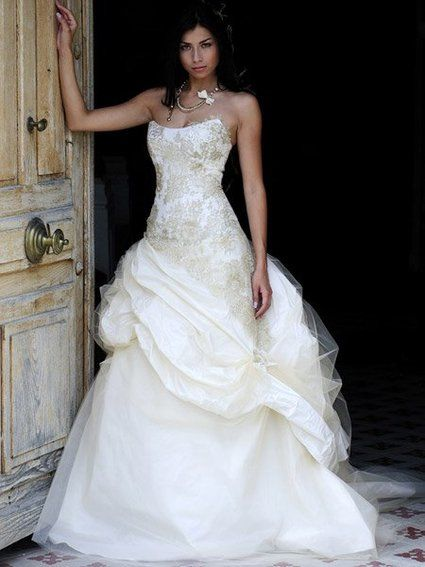 Magnifique Robe Mariées de Provence Nais