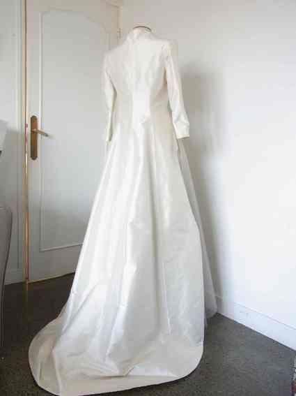 annonces offres gratuites robes de mari e d 39 occasion et. Black Bedroom Furniture Sets. Home Design Ideas
