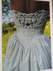 Très belle robe de mariée dos nu et passementerie Ivoire - Occasion du Mariage