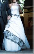 Robe de mariée ivoire et noir - Occasion du Mariage