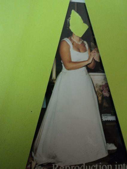 Robe de mariée Pronovias doccasion du magasin Martine à Lyon