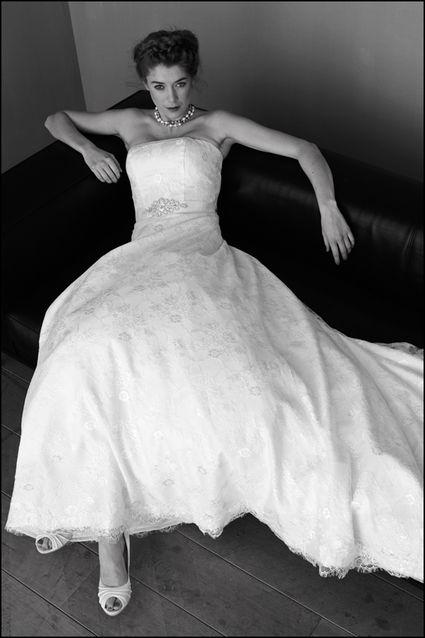 Robe de mari e en dentelle les mari es d 39 elodie rhin bas for Bas les robes de mariage arkansas
