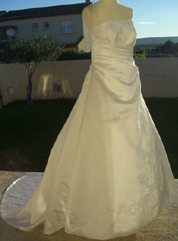 Robe de mariee d'occasion montpellier