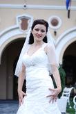 Robe en dentelle avec Broche Cristal Swarovski - Occasion du Mariage