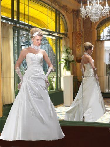 Robe de mariee taille 44 46