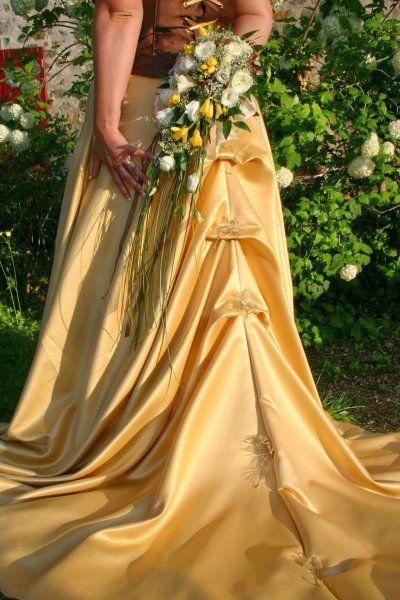 Annonces offres gratuites robes de mari e d 39 occasion et for Quand les robes de mariage seront elles en vente