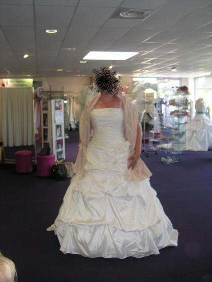 robe de mari e couleur ivoire taille 48 50 point mariage