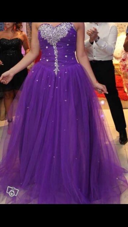 Robe de mariee princesse violette - Seine