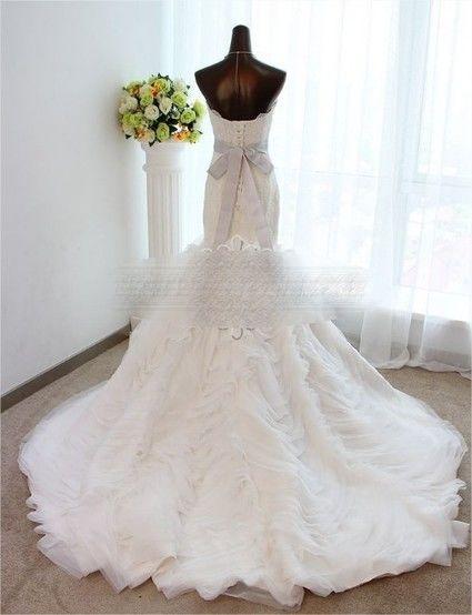 Robe de mari e style vera wang en dentelle et tulle for Meilleures robes de mariage vera wang
