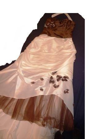 Robe de mariée pas cher Collection tendance mariage et mariage 2012 - Occasion du Mariage