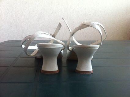 Chaussures mariée de chez Point Mariage pointure 40 - Occasion du Mariage