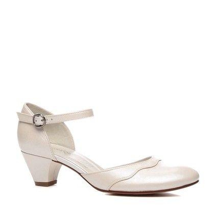 Chaussures de mariée Babies style rétro Carla Selveone coloris crème