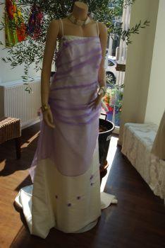 Robe de mariée pas cher ivoire et parme T52 2012- Occasion du mariage
