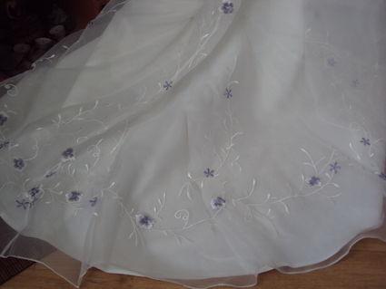Robe de mariage en organza d'occasion + voile + jupon