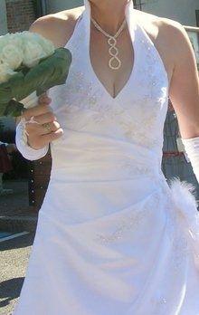 Robe de mariée blanche d'occasion avec col américain