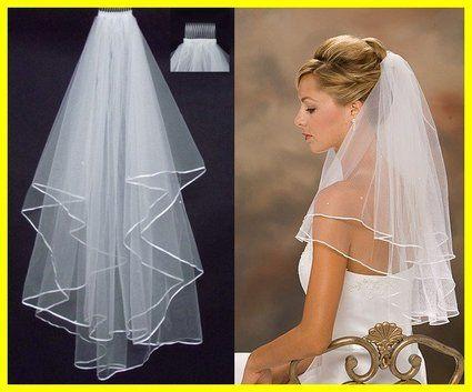 Voile de mariée perlé neuf en satin avec perles et peigne