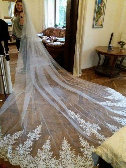 Magnifique voile de mariée bordé de dentelle - Paris
