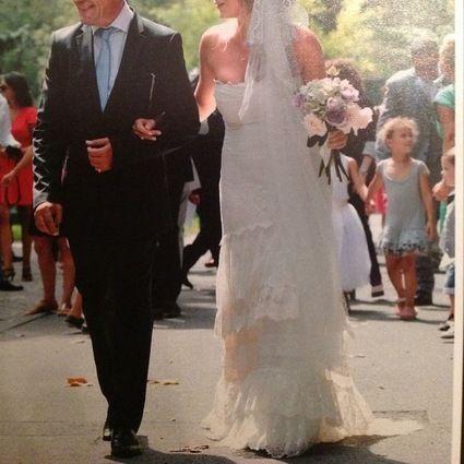 Robe de mari e yolan cris occasion for Dallas de conservation de robe de mariage