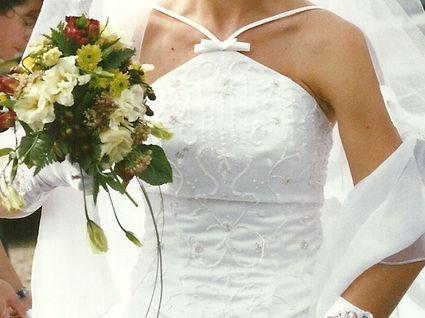 Robe de mariée Miss Kelly, dos nu pas cher d'occasion 2012
