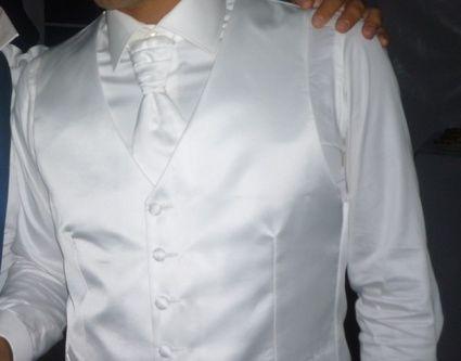 Costume de mariée Karl Lagerfeld d'occasion à Toulouse