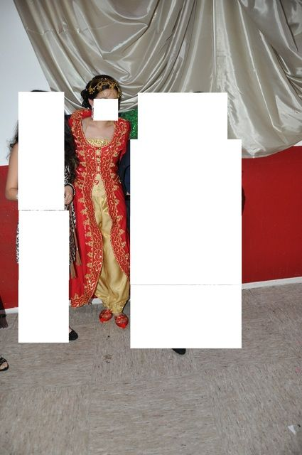Kaftan de mariage turc avec chaussure et chapeau et voile