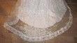 Robe blanche organza brodé avec manches longue+traine - Occasion du Mariage
