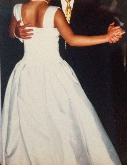 Robe de mariée bustier blanche d'occasion taille 38