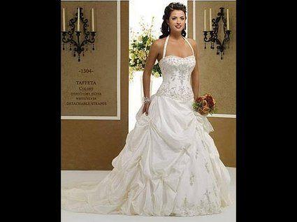 Robe de mariée pas cher ivoire broderies argent 2012 - Occasion du mariage