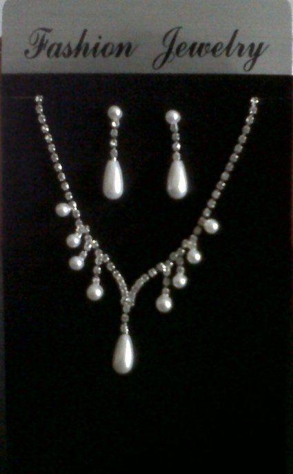 Parure de bijoux strass et perles de mariage pas cher