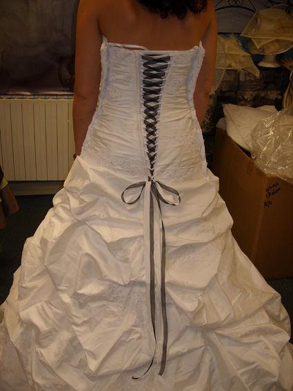 robe de mariée tomy mariage taille38 pas cher 2012 - Occasion du Mariage