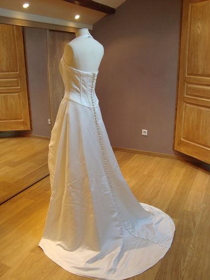 Robe de mariée blanche taille 42 d'occasion
