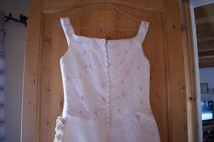 Très belle robe de mariée comme neuve et pas cher