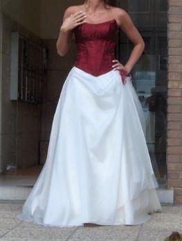 Robe de mariée blanche et bustier bordeaux T38/40 d'occasion