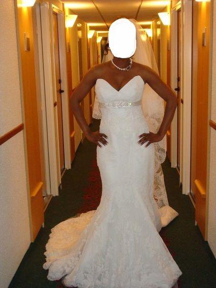 Robe de Mariée en Dentelle avec le voile d'occasion