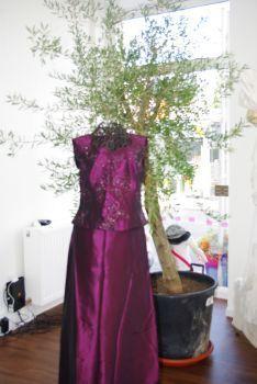 Ensemble robe de soirée prune pas cher 2012 - Occasion du mariage