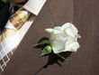 Boutonnières blanche pour 5 euros - Occasion du Mariage