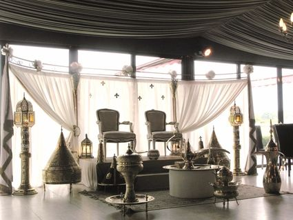 location de d coration de salle de mariage oriental occasion du mariage. Black Bedroom Furniture Sets. Home Design Ideas