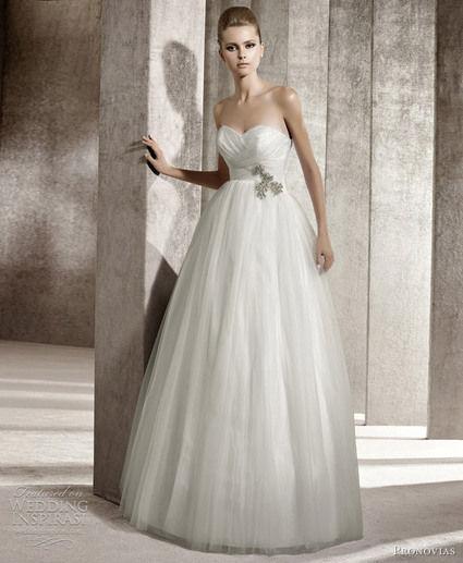 Location sublime Robe de mariée Pronovias pas cher en 2013 - Occasion du Mariage